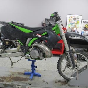 2000 KX250